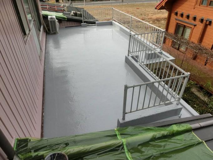 金属屋根葺き替え,トタン板壁塗装,FRP防水工事 島根県松江市東出雲町 M様邸 施工後